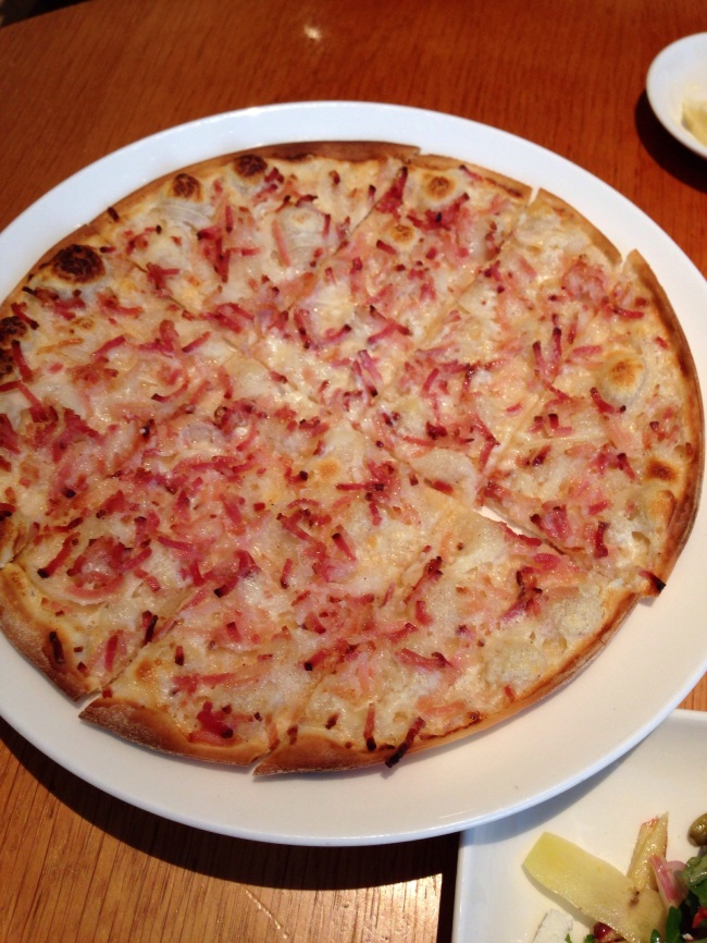 Tarte flambée. Ethereal fast food.
