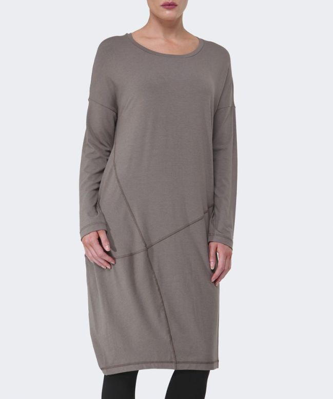 Unstructured dress, looking very comfortable at this point