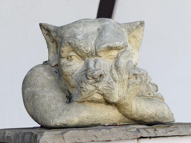 statue-100400__480